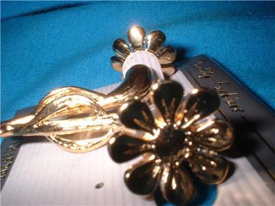 Daisy Earrings Gold Plated Gi Gi Illusion Carded