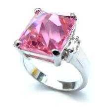 Ladies Pink Ice Pyramid Cut Russian CZ Ladies Ring NIB