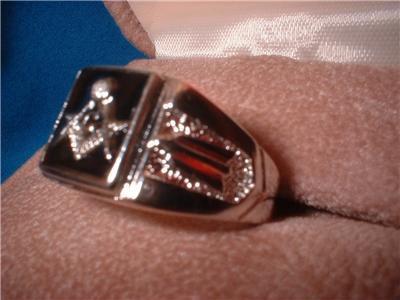 Freemason Symbol Black on Rhodium Ring NIB
