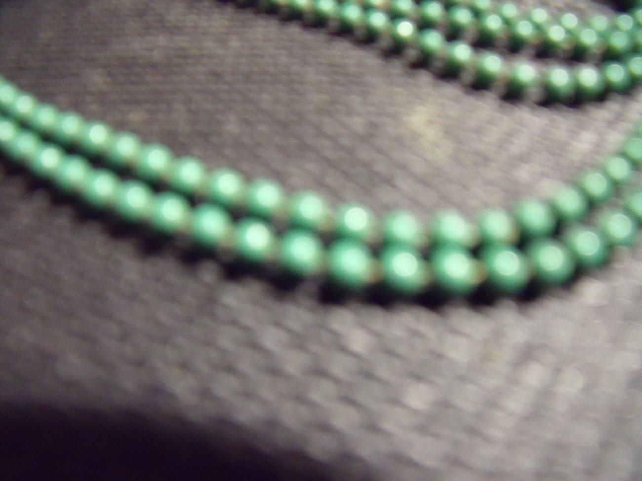 Vintage Enameled Green Flapper Style Beads