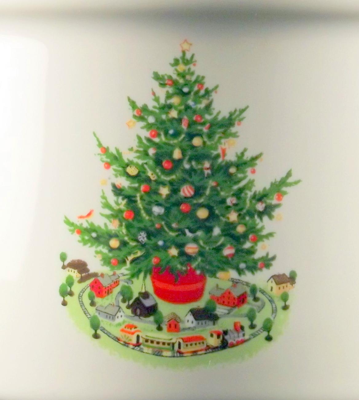 Pfaltzgraff Christmas Heritage pillar candle holder holiday tree design