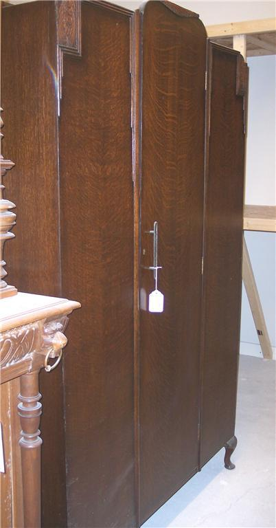 Quartersawn Oak Wardrobe/Armoire