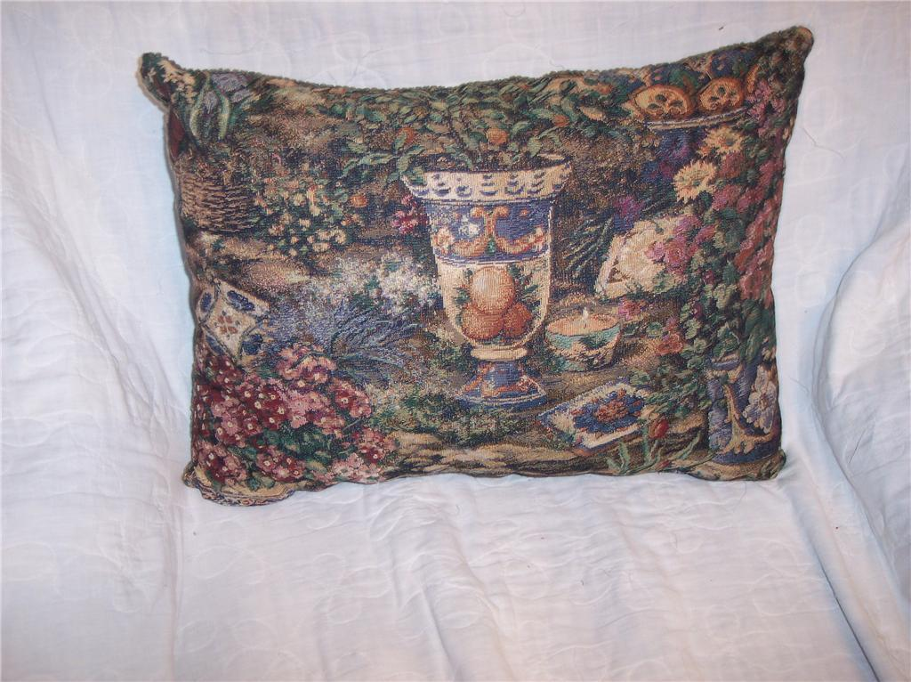 Flowers & Vase Print Pillow/Decorative Pillow 19 x 13