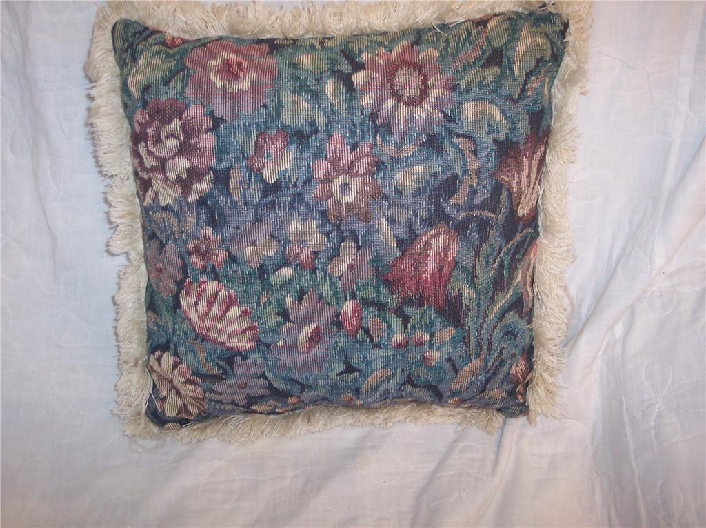 Fringed Flower Print Pillow 13 x 13