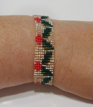 handmade Christmas holly berry  beaded bracelet - $9.00
