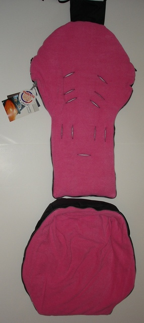 NEW Red castle stroller footmuff bunting bag infant carrier car seat pink/black