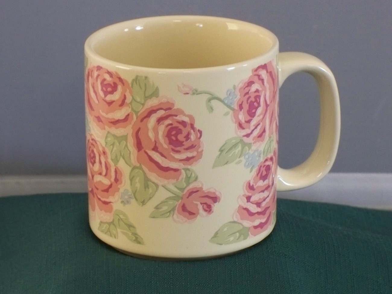 Midwest Cannon Falls Rose Coffee Mug 10 Oz  VGC
