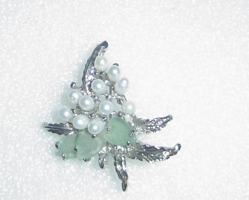 Jade & Freshwater Pearl Sterling Silver Leaf Brooch Pin