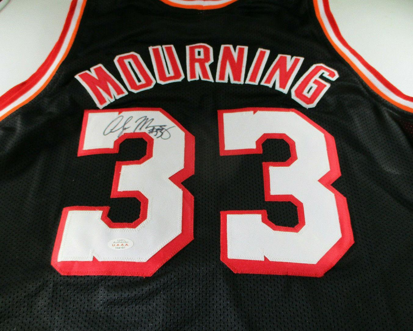 ALONZO MOURNING / NBA HALL OF FAME / AUTOGRAPHED MIAMI HEAT CUSTOM JERSEY / COA