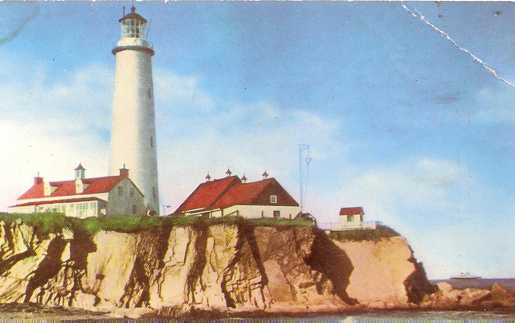 Cap des rosiers lighthouse 1 1