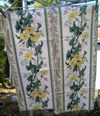 Vintage Cotton Fabric Trumpet Vine English Chintz Desig