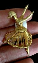 BALLERINA DANCER Gold-Tone Wire Vintage BROOCH Pin - signed MONET - 2 1/... - $25.00