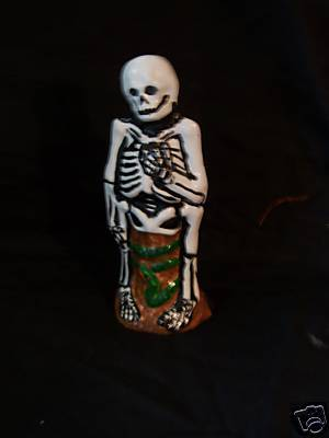 Skeleton Chalkware Skelly 2008 limited ed Halloween #1
