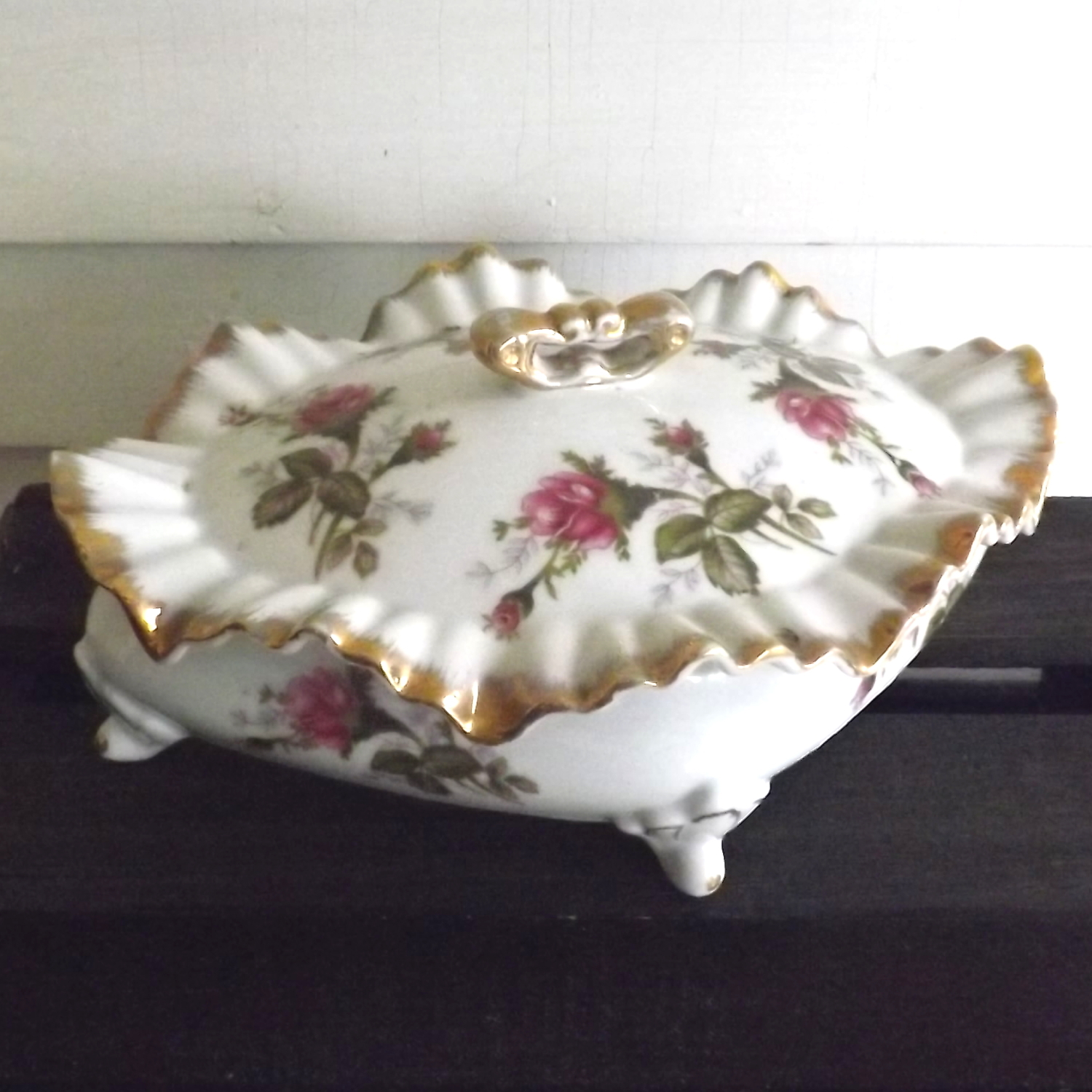 Trinket Box Porcelain Floral Diamond-Shaped with Ruffled Edges (Unbranded)
