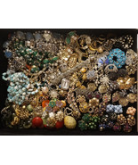 10 Lbs Vintage Rhinestone Wear Repair Craft Jewelry Lot  Bracelet Pins N... - $309.99