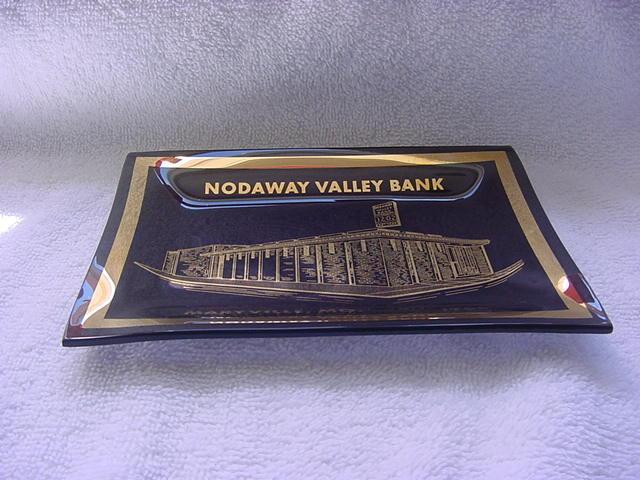 Nodaway Valley Bank Maryville, Mo. 1966 ashtray/small dish