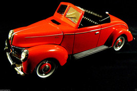 Golden Wheel Die cast Forties Ford Collectibles Coup Red 1:18 new - $46.73