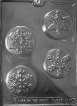 Winter Snowflake 4 Cavity Mold Candy Snow Craft Soap Molds Plastic Chocolate - $3.75