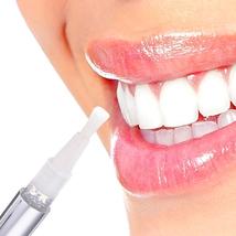 Flawless Teeth Whitening Pen, Creative Effective Teeth Whitening Pen Too... - $24.99