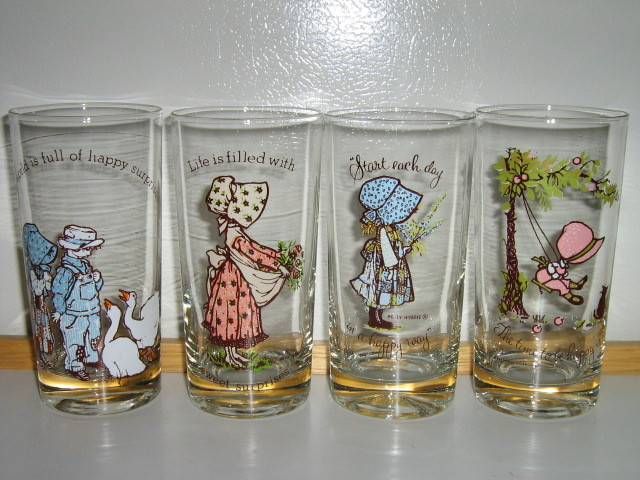Vintage Holly Hobbie Tumblers (4) - Late 1960s - 1970s, American Greetings Corp.