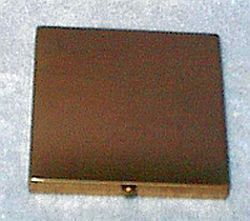 Vintage Wadsworth Goldtoned Ladies Case Compact with Mirror and Puff