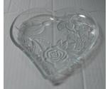 Glass heart dish 001 thumb155 crop
