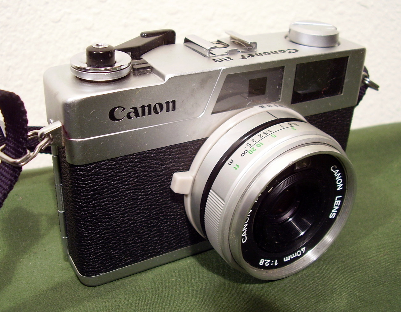 Canon Canonet 28 35mm Compact Rangefinder Camera