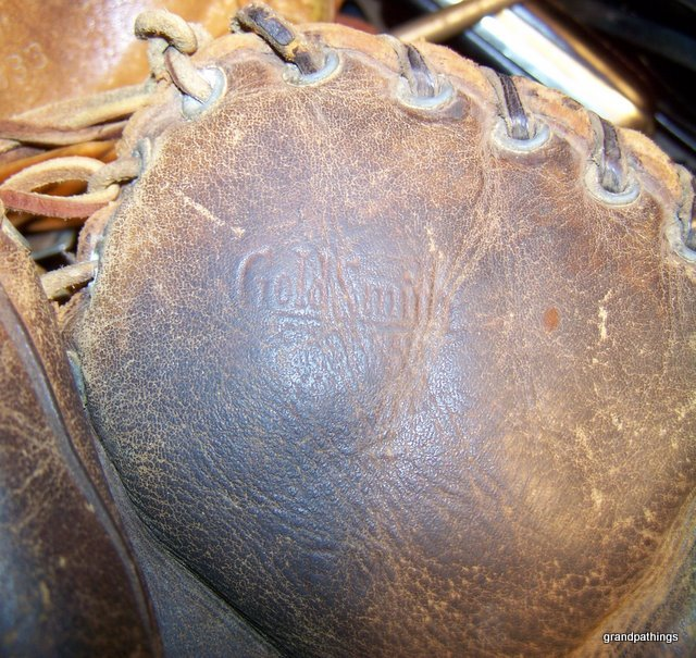 Frank McCormick Goldsmith Preferred FB US Army Mitt