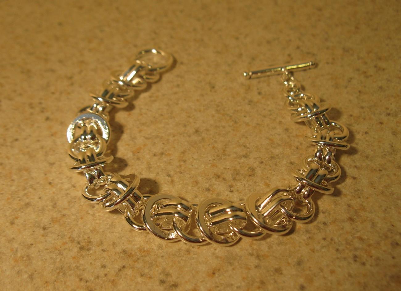815 silver circle chain toggle