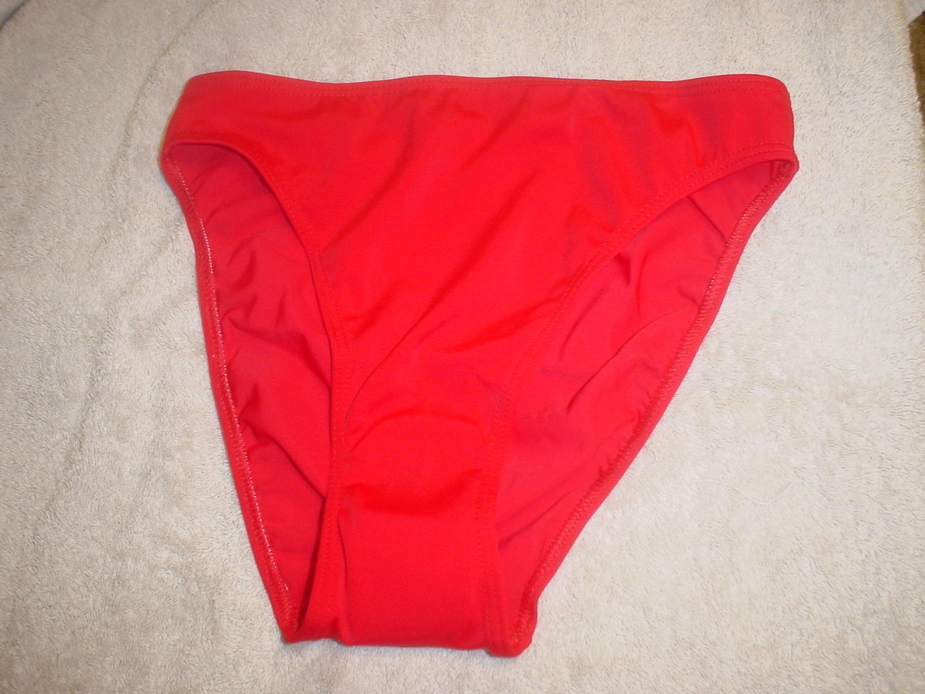 Club Med Tanki Bikini Red/White/Navy Size Large NWT