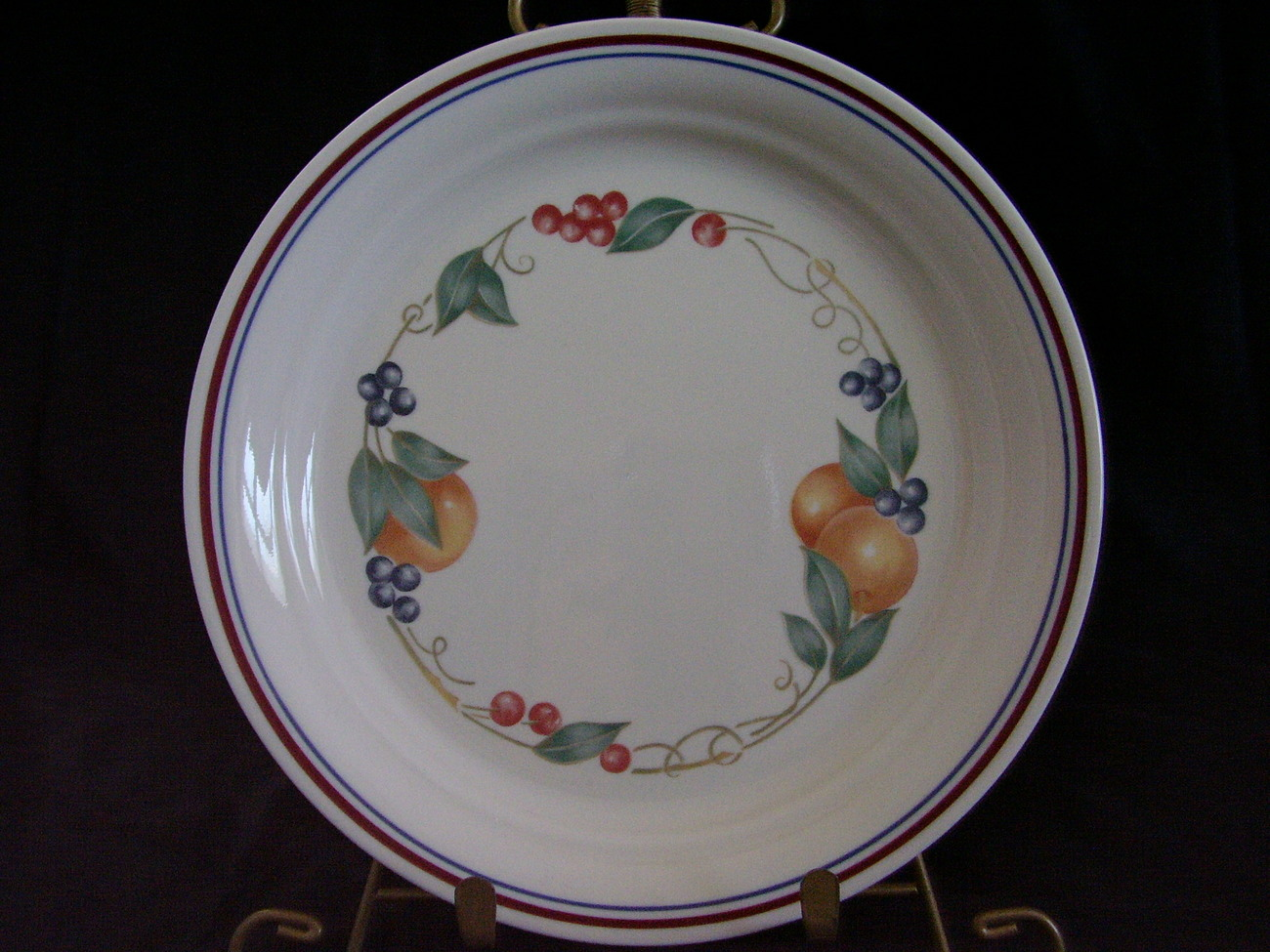 Primary image for Corelle Impressions Abundance Lunch Plate Fruit Red Blue Ban