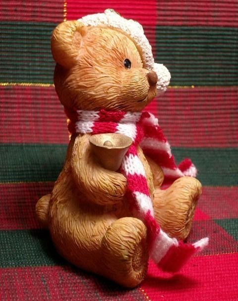 CHRISTMAS TEDDY BEAR FIGURINE - Adorable!