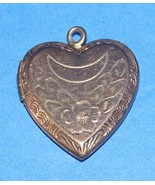 Heart locket Sterling Gold Filled 1940's Vintage Photo - $19.95