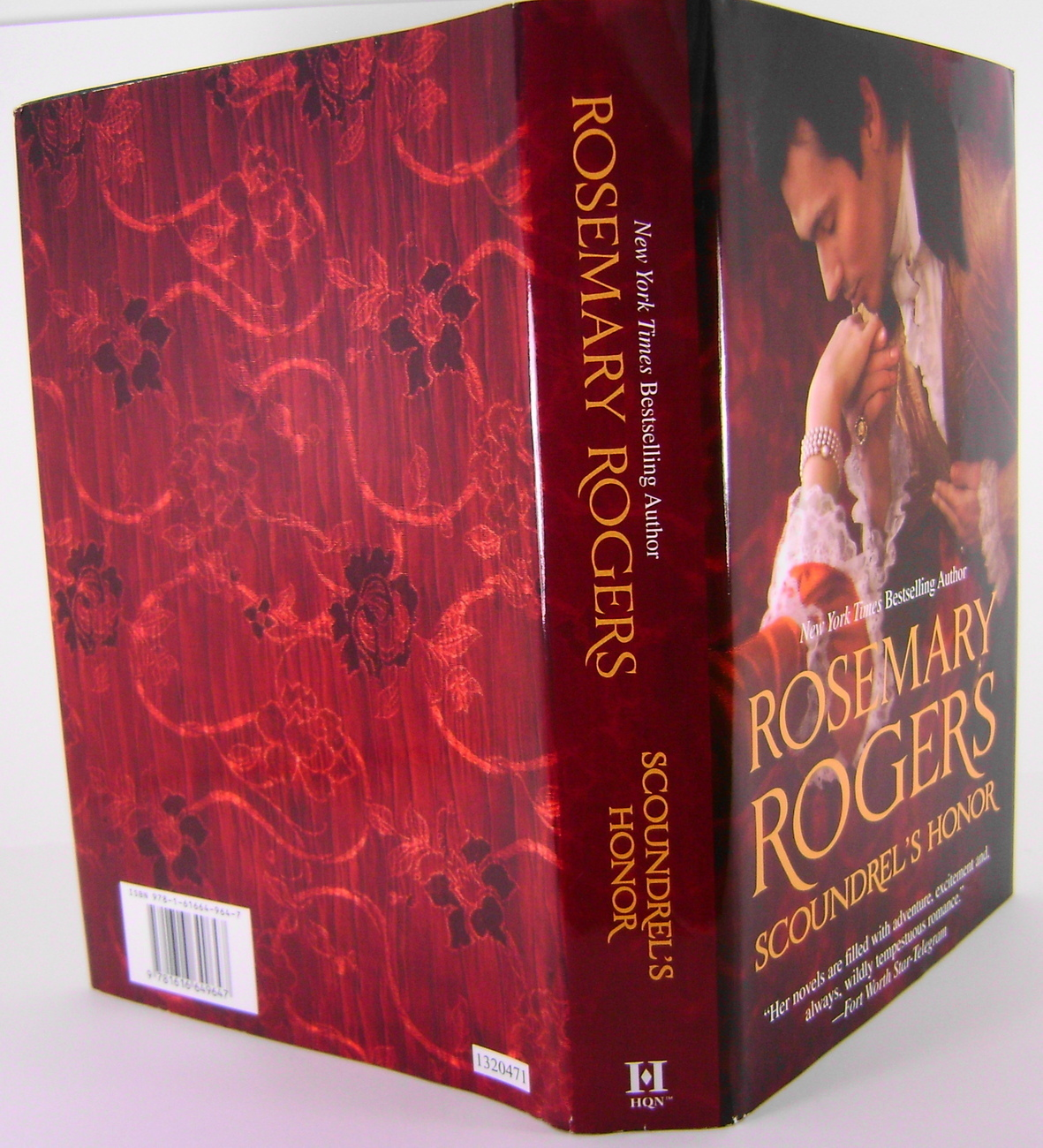 Scoundrels Honor By Rosemary Rogers HC