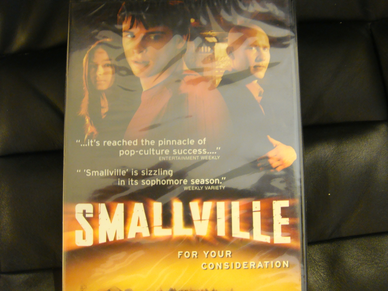 SMALLVILLE EMMY DVD 2EPISODE SUPERMAN CLARK KENT WB CHANNEL