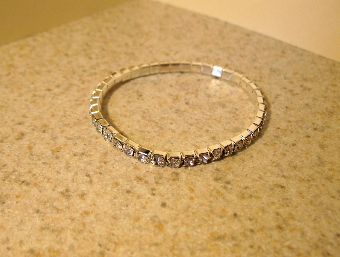 836 diamond crystal stretch