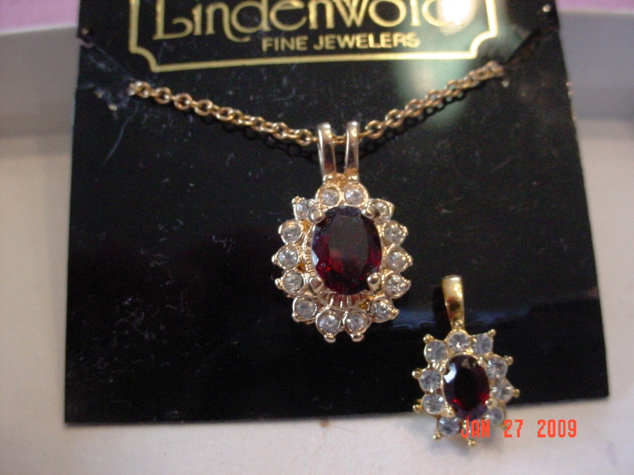 Lindenwold Fine Jewelers Ruby/Red Colored Pendant Chain Neck