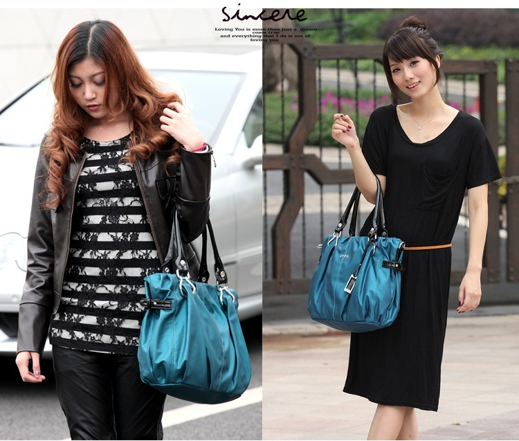 NWT Fashion Charming women's Shoulder Bag / Peacock