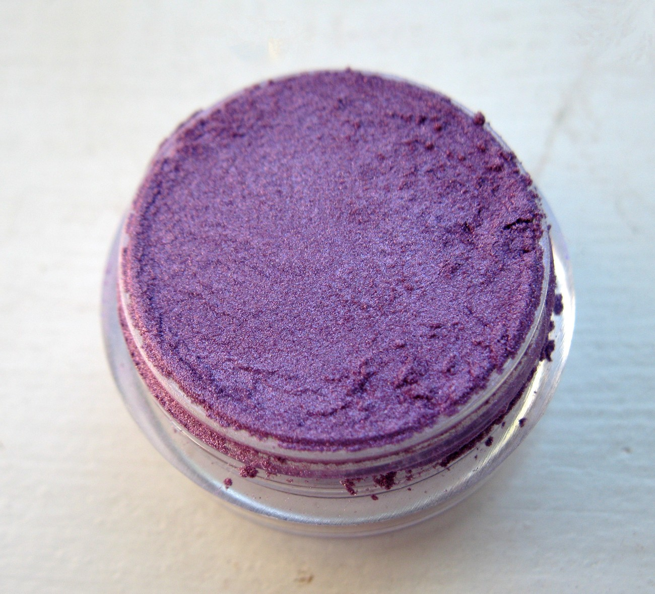 MINERALS EYE SHADOW MAKEUP 3 GRAMS ~~ PURPLE PASSION ~~