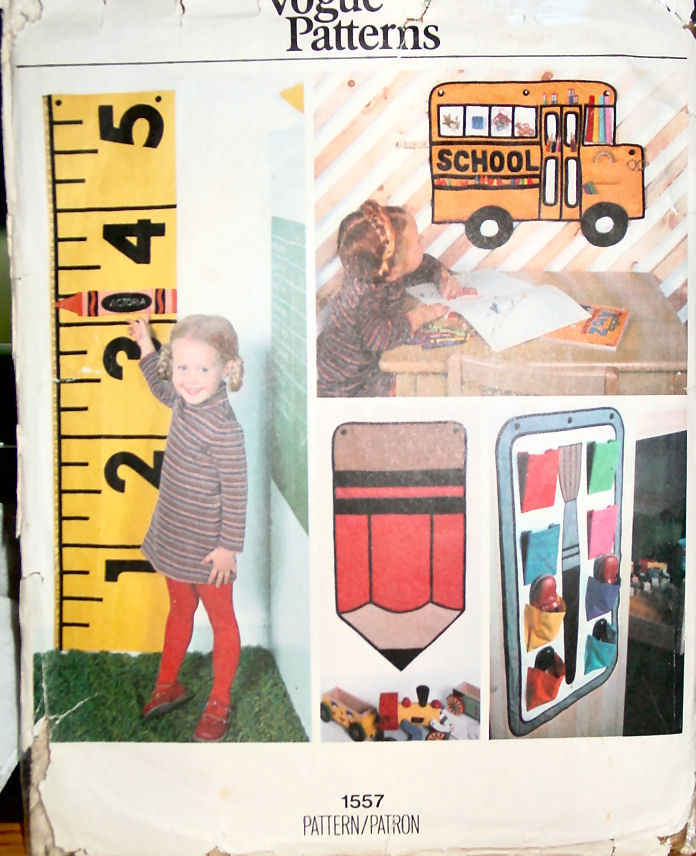Pattern1557 Grow Chart, Organizers, Laundry Bag Vintage