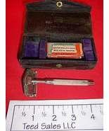 Kleen Kutter Vintage Razor with Case - $20.39