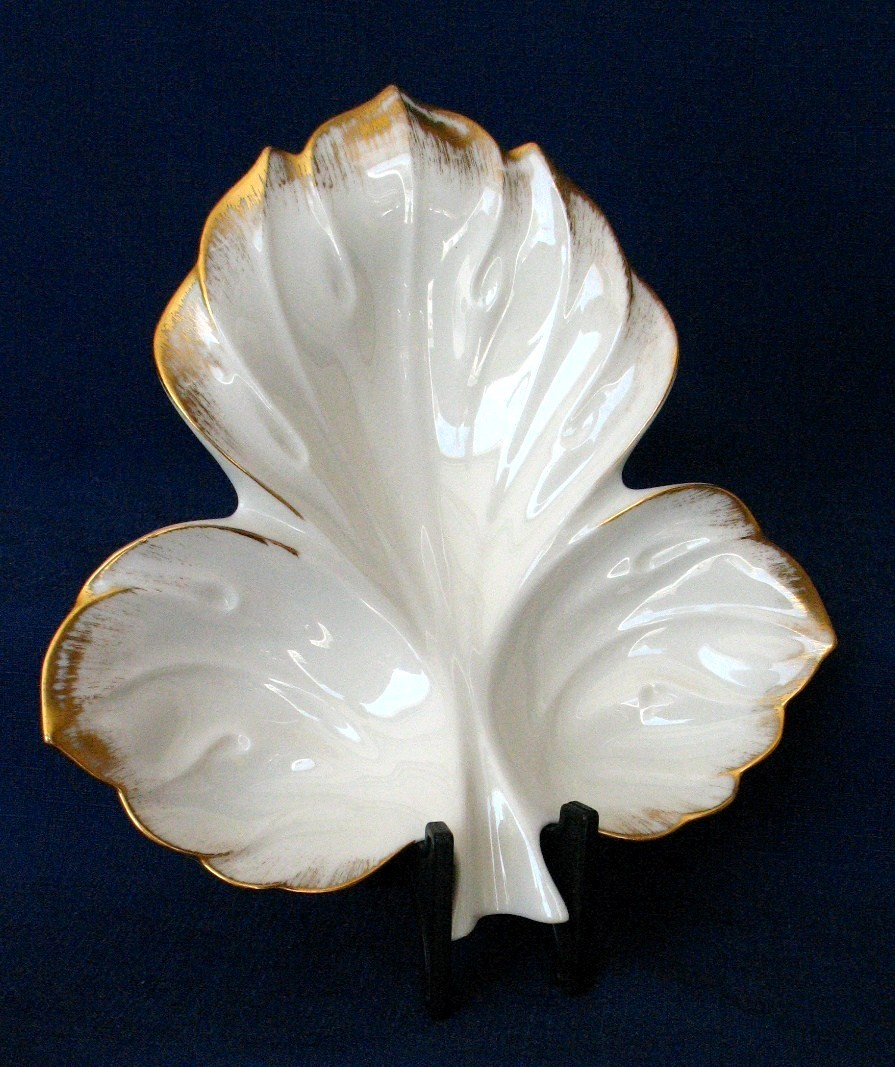 Lenox ~ Sylvan Collection Leaf Shaped Candy/Nut Dish with Br