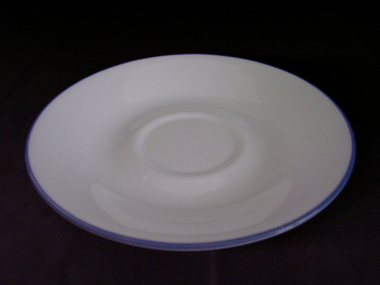 Corelle Fruit Basket Fruit Too Saucers White Blue Band
