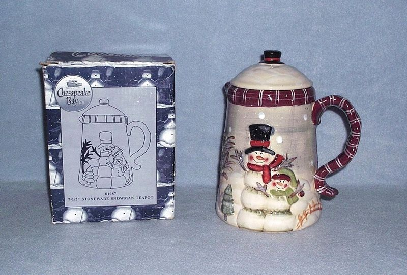 Chesapeake Bay Snowman Teapot 7 1/2 inch Stoneware Nbr 01087 Raised Design w/Box