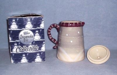 Chesapeake Bay Snowman Teapot 7 1/2 inch Stoneware Nbr 01087 Raised Design w/Box