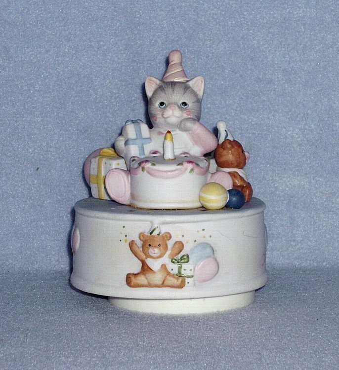 "Schmid Cucumber Kitty ""Happy Birthday"" Music Box Nbr.19898"