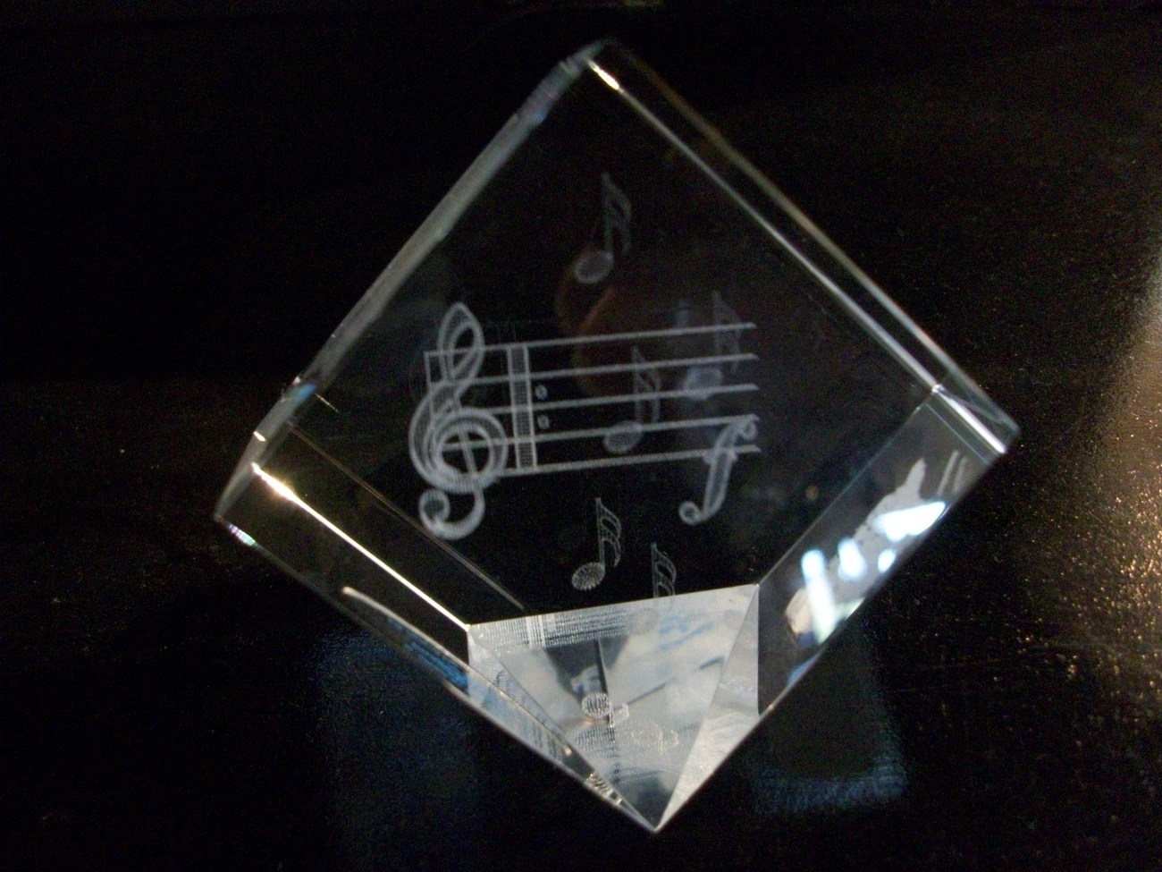 Crystal Paperweight, 3D Images, Music Notes, by Jaffa, New in Box