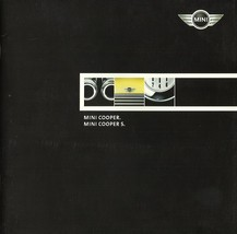 2002 Mini COOPER first sales brochure catalog US DEBUT 02 S - $8.00