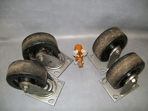 4 Piece Caster Set Two 3400-9 and Two 1400-5