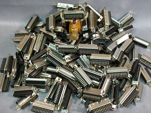 D-Sub IDC Plug Connector DDM-25P-225G-TR Lot of 148 pcs